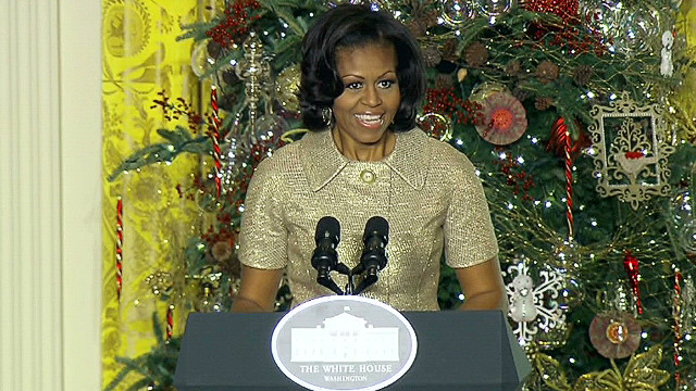 First lady unveils Christmas decorations