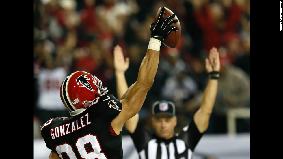 Tony Gonzalez of the Atlanta Falcons reacts after scoring a touchdown against the New Orleans Saints on Thursday.