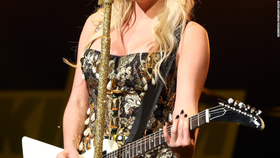 Ke$ha performs during KIIS FM's 2012 Jingle Ball in Los Angeles.