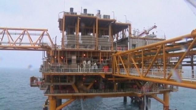 Western sanctions hamper Iran's economy