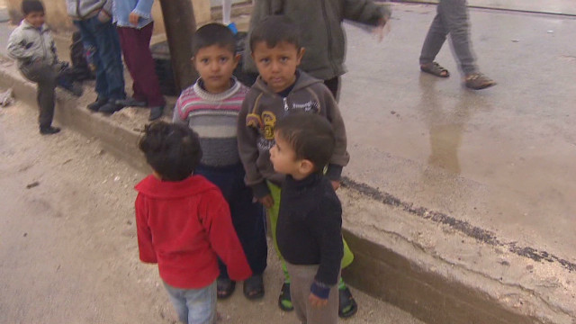 Refugees stuck at the Syrian border