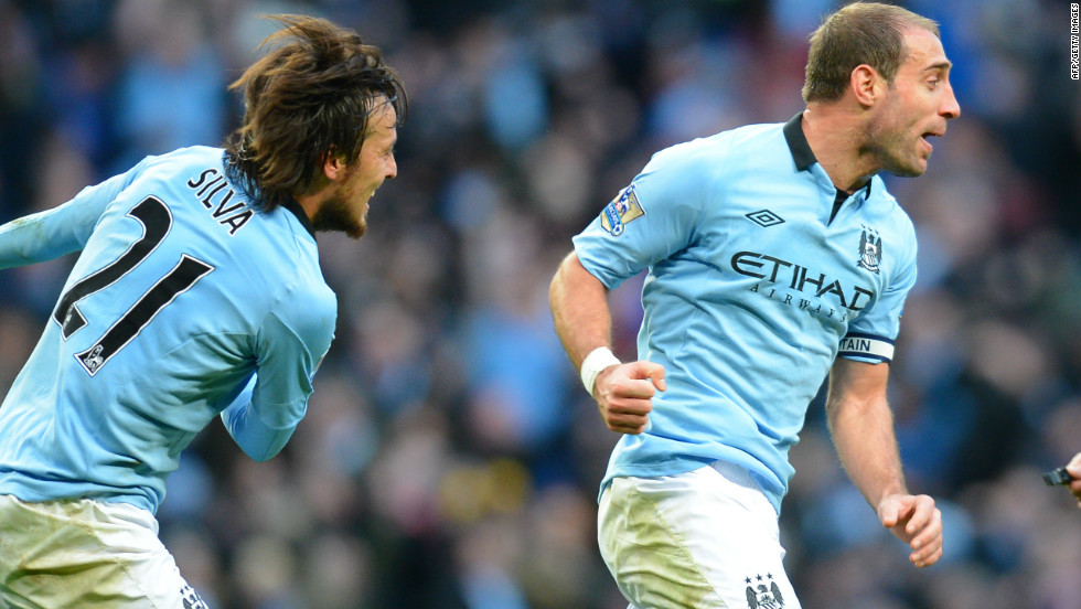 Pablo Zabaleta, right, fired an equalizer in the 86th minute to give second-placed City hope of extending a 21-game unbeaten league run that went back to last season's title-winning climax.