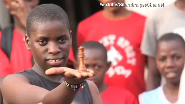 Teen's rise from slum to chess star