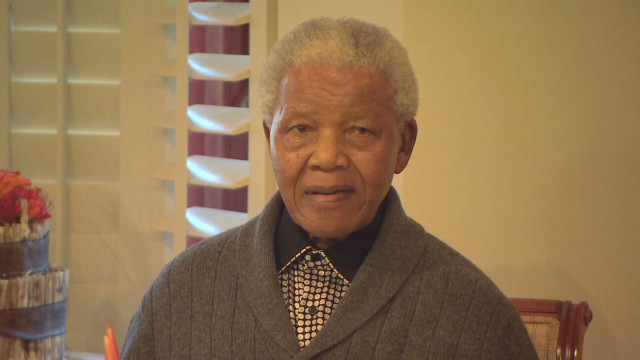 Mandela battles lung infection