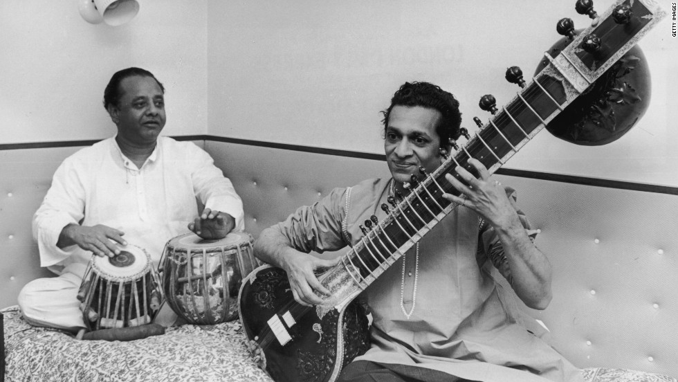 Shankar practices with tabla player Alla Rakha in 1967.