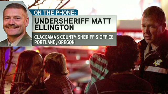 Two shot dead inside Oregon mall
