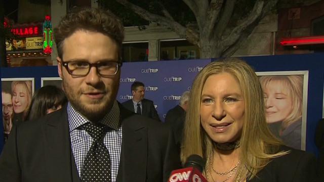bts Streisand Rogen the Guilt Trip premiere_00001203