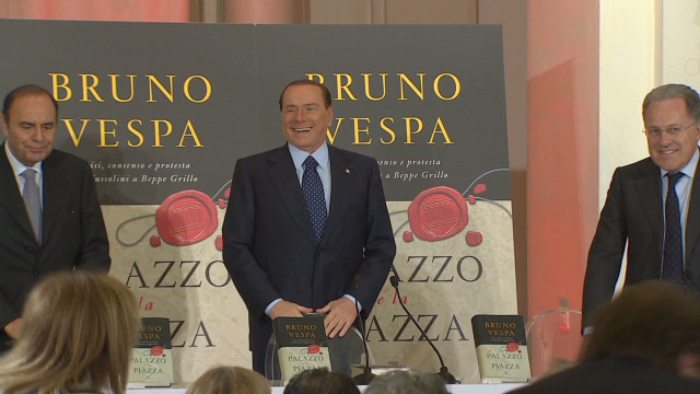 Berlusconi plans to run again