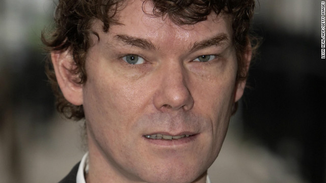 [File photo] Gary McKinnon in London, on January 15, 2009, to urge the Prime Minister to prevent his extradition to the US.