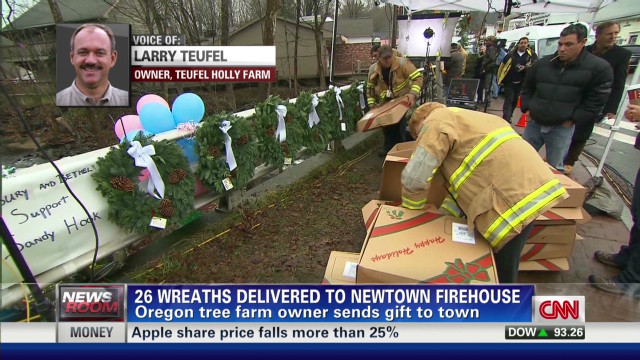 brooke.wreaths.delivered.newtown.firehouse_00020709