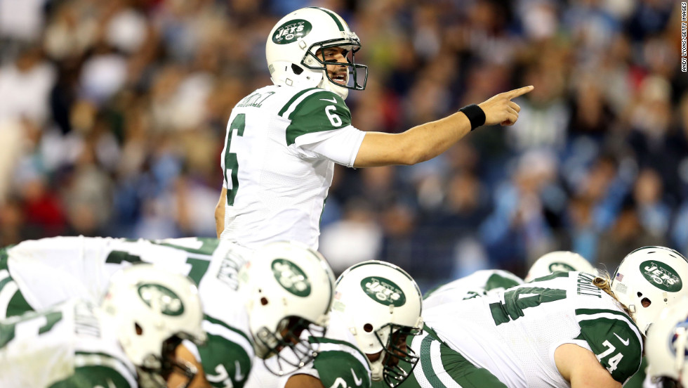 Jets quarterback Mark Sanchez calls a play before he snaps the ball against the Titans on Monday.