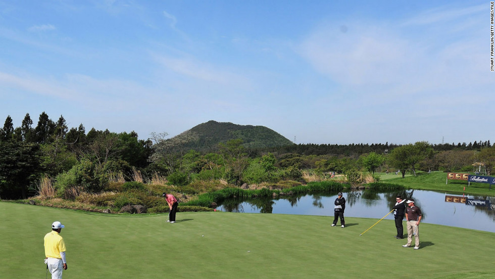 Head from Japan to South Korea for a few rounds of golf in a country where the sport is gaining ground.