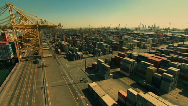 Jebel Ali's 2,000-ton workhorses