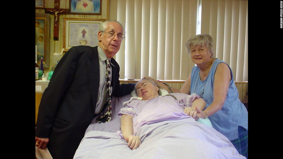 Dr. Chaykin visits Edwarda and Kathryn in 2006. He was 35 when he first started treating Edwarda.