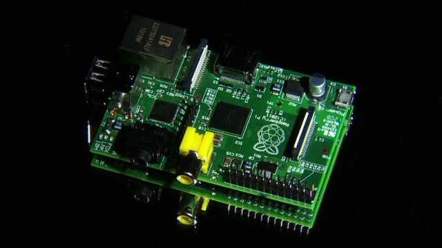 make create innovate raspberry pi credit card_00012017