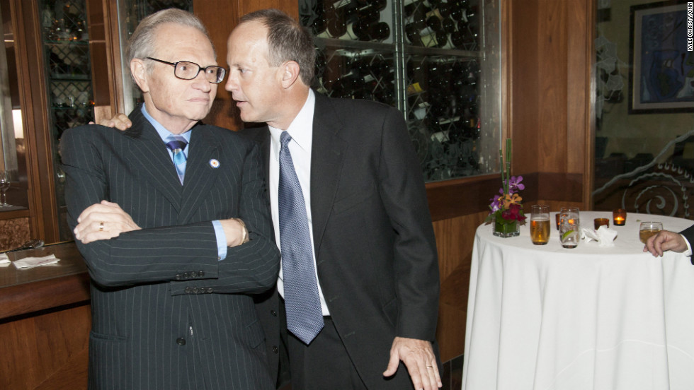 Walton, here with former CNN talk-show host Larry King, has been one of the most powerful figures in the news business for nearly a decade.