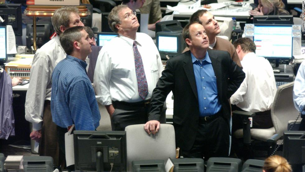 From left, Rick Davis, Eason Jordan, Tom Johnson, Jim Walton and Matt Furman in the CNN newsroom in March 2003 when the Iraq War first began.