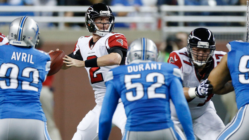 Matt Ryan of the Atlanta Falcons looks to throw a pass on Saturday.