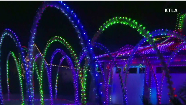 early vosot holiday lights tribute to husband_00003514