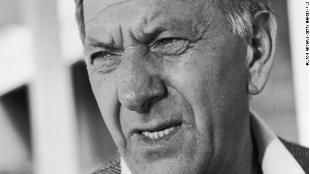 circa 1977: Headshot of American actor Jack Klugman squinting outdoors. (Photo by Hulton Archive/Getty Images)