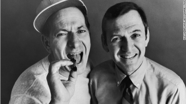 2005: Klugman on 'Odd Couple' success