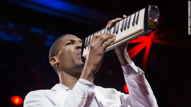 Breakout pianist re-energizes jazz