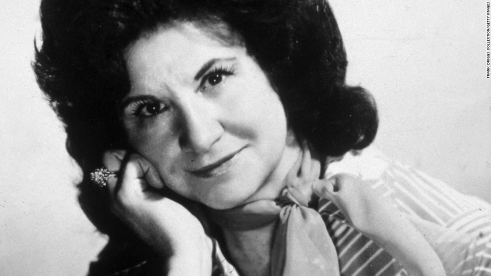 "<a href=""http://marquee.blogs.cnn.com/2012/07/16/country-mourns-loss-of-queen-kitty-wells/"">Country legend Kitty Wells</a> died on July 16, due to complications from a stroke. She was 92."