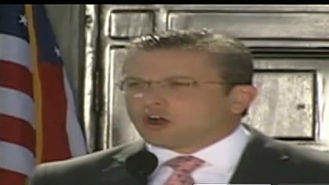 cnne.alexandrino.prico.new.governor_00005130