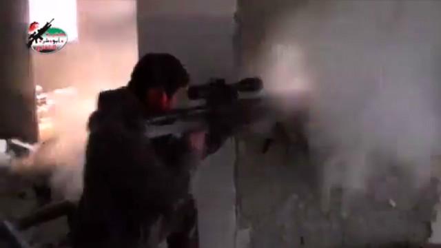Syrian rebels battle regime forces