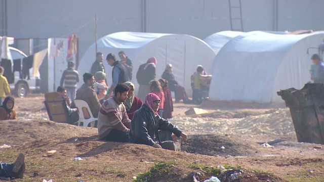 Syrian refugees dig in for the winter