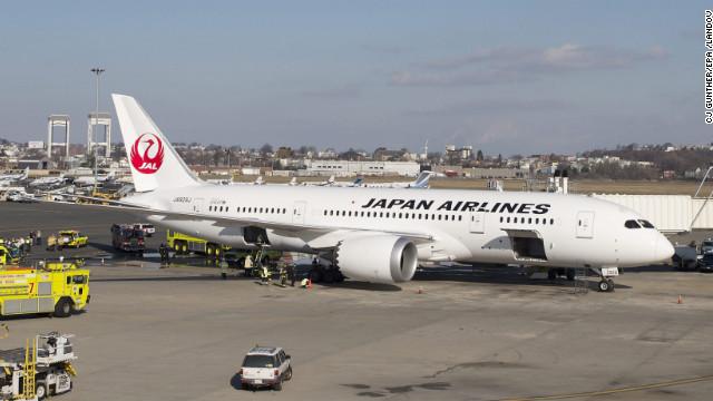 FAA investigates Dreamliner