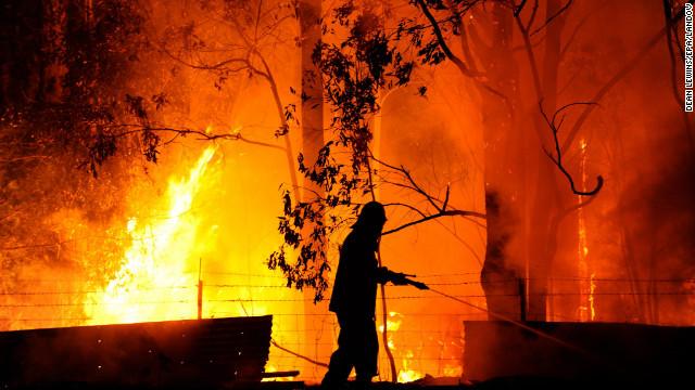 Fires rage in Australia