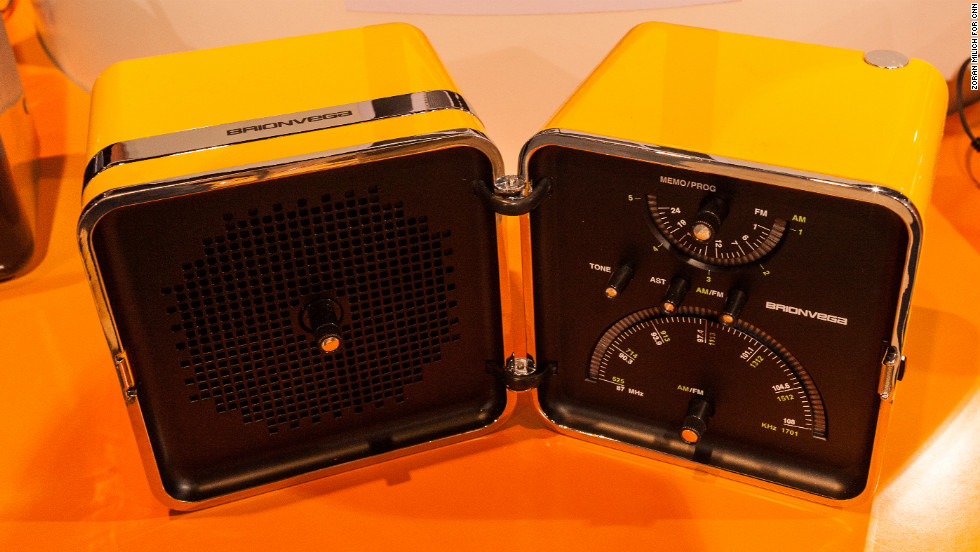 Radocubo, a low-tech but stylish AM/FM radio, features an original design from Italy that has been displayed in modern art museums. The radio, made by Brionvega, is so far sold only in Europe and China.