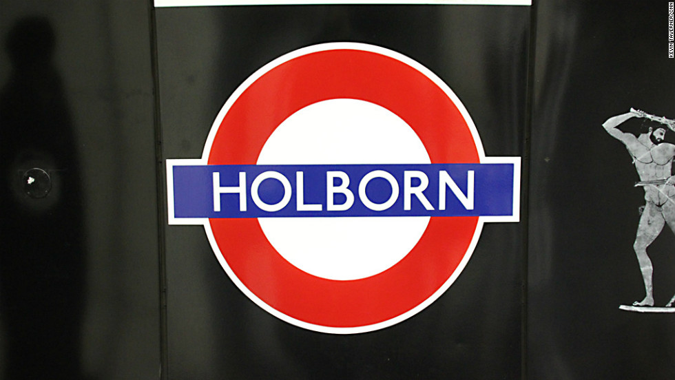 During the First and Second World Wars, the tunnels near Holborn Station were used to store exhibits from the nearby British Museum, and as an air-raid shelter.