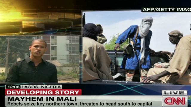 Rebels take key town in northern Mali