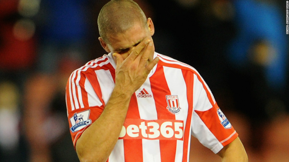 Stoke striker Jonathan Walters suffered a horror show in his team's 4-0 defeat by Chelsea in the English Premier League.