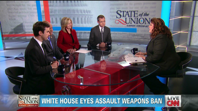 White House eyes assault weapons ban