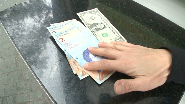Venezuela's black money market thrives