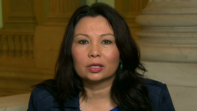 Duckworth: Stay calm on gun control