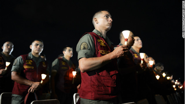 The Venezuelan army attend a mass for the health of President Hugo Chavez, in Caracas, December 13, 2012.