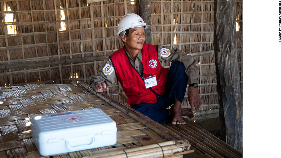 "To help respond to the increased needs in Rakhine, Red Cross volunteers have been drafted in from around the country. ""The main thing is helping other people. That is what makes me happy,"" said U Tun Shwe, 59, from Kachin state.  ""As a Red Cross volunteer there is no discrimination between race or religion, so I will help everyone who needs us."""