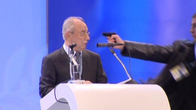 Politician escapes assassination attempt