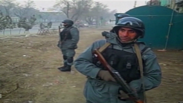 Suicide bombers attack Afghan police