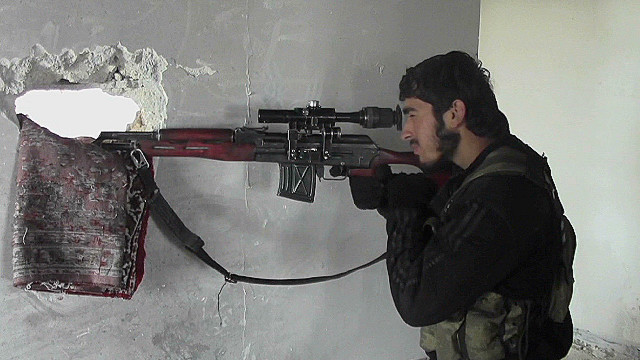 Rebels pound Syrian troops in north