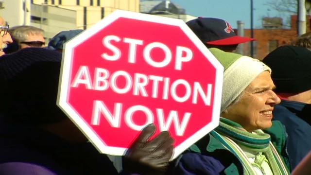 cnnee valdes abortion right anniversary_00000023.jpg