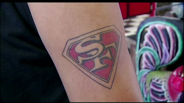 dnt 49ers fans tatted up for super bowl_00005410.jpg