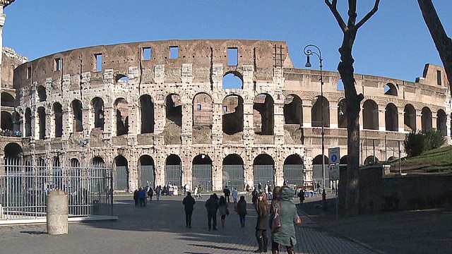 pkg wedeman italy colorful colosseum_00000225.jpg