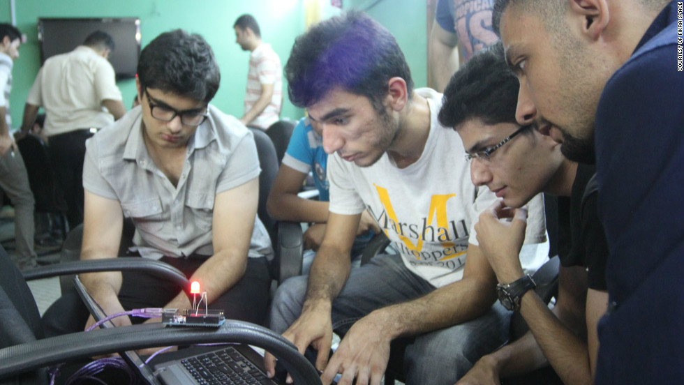 Fikra Space member Mujtaba Zuhair experiments with some open-source technology at Baghdad's first hackerspace.
