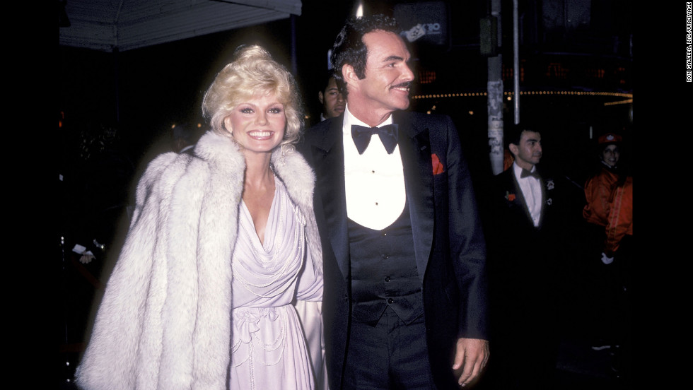 "Loni Anderson attends the premiere of ""City Heat"" with Reynolds on December 5, 1984."