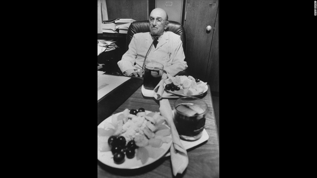 "1978: Dr. Herman Tarnower publishes ""The Complete Scarsdale Medical Diet."" Two years later he is shot to death by his girlfriend."